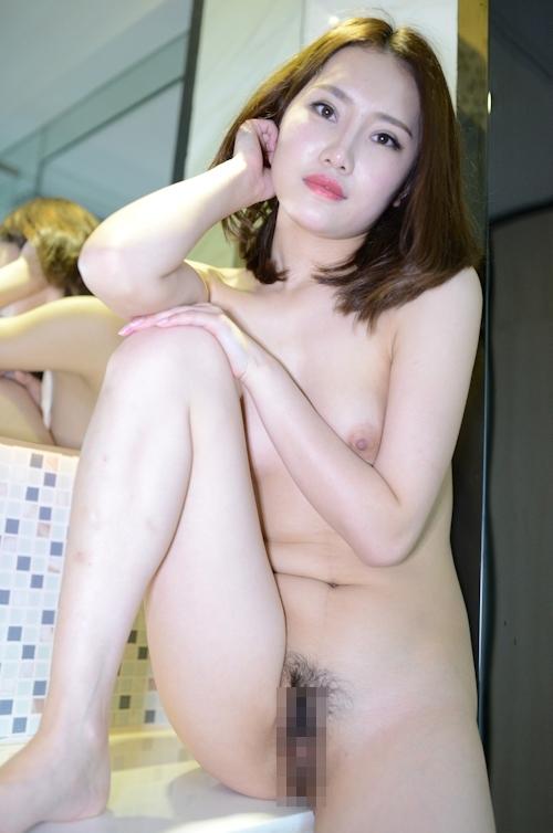 中国美女モデルのM字開脚くぱぁ画像 3