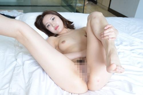 中国美女モデルのM字開脚くぱぁ画像 9