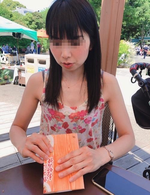 Bカップ30歳美人妻のプライベートヌード画像 3