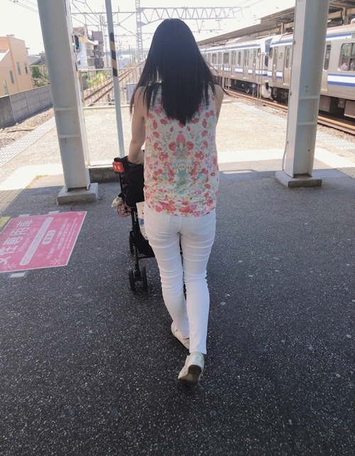 Bカップ30歳美人妻のプライベートヌード画像 4