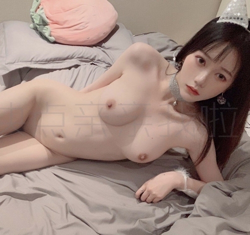 S級素人美女の自分撮りヌード画像 6