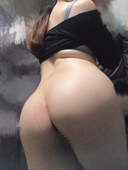 むっちり素人美女の下半身ヌード自分撮り画像 6