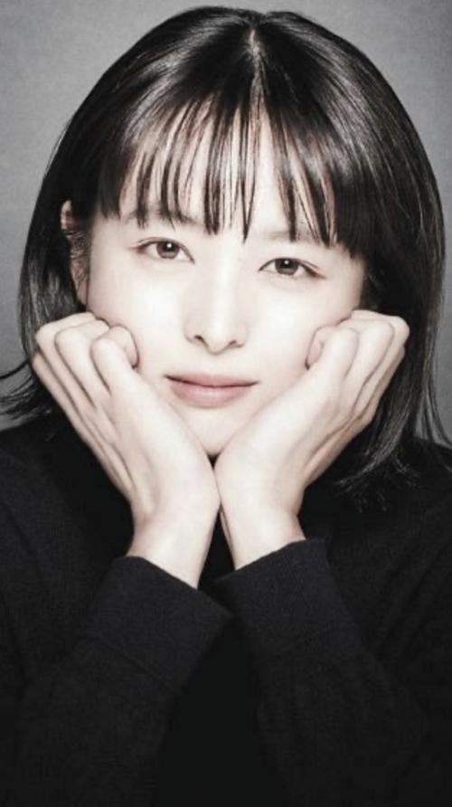 清純派女優 清野菜名 ヌード画像 1