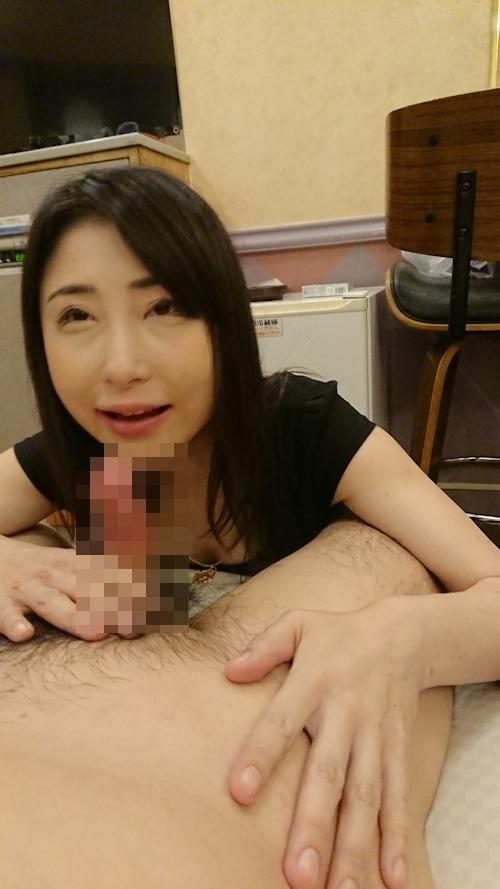 子持ちの人妻のセックス画像 6