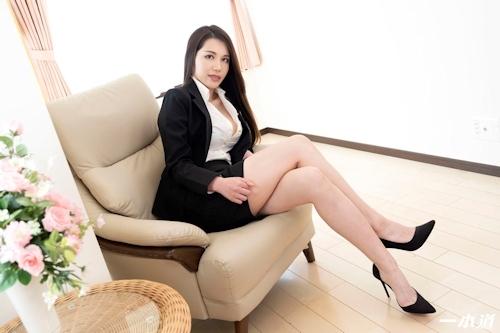 働きウーマン ~仕事もセックスにも厳しいセクハラ女上司~ 上山奈々 1