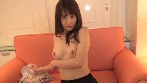 上品な美熟女のセックス画像 2