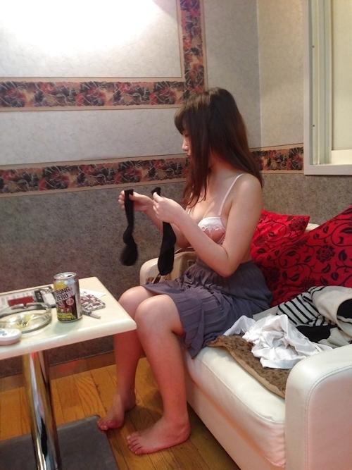 ガールフレンドをホテルで撮影したプライベートヌード画像 12