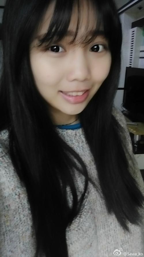 アイドル級の巨乳黒髪美少女の自分撮りヌード画像 3