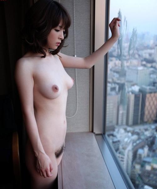 Fカップ美乳な美人若妻の不倫セックス画像 7