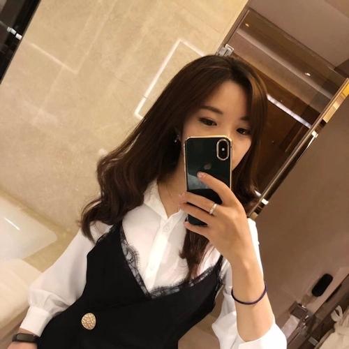 巨乳な香港素人美女の自分撮りヌード流出画像 1