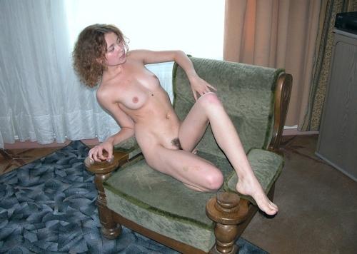 小ぶり美乳おっぱいの西洋美女ヌード画像 5