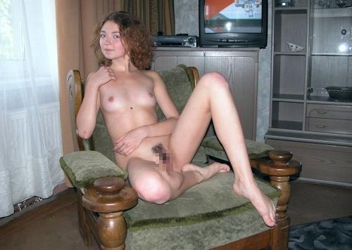 小ぶり美乳おっぱいの西洋美女ヌード画像 12