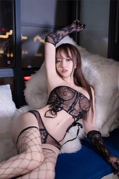 アジアン美女のセクシーランジェリー画像 6
