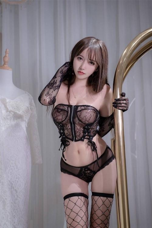 アジアン美女のセクシーランジェリー画像 25