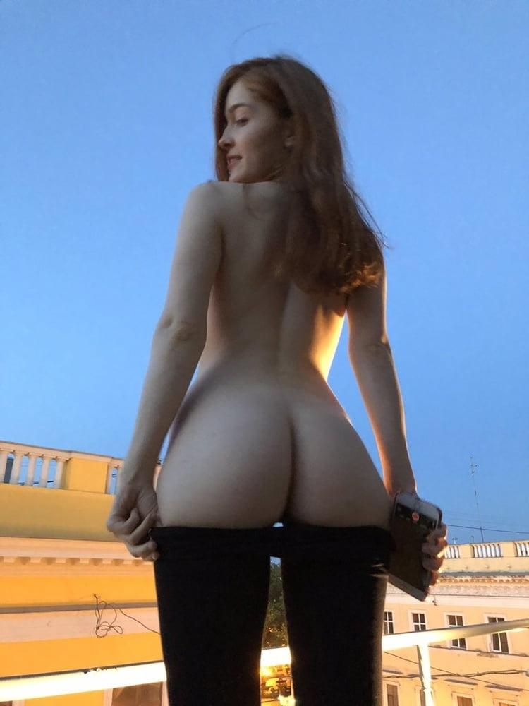 セレブなS級ロシア美女の自分撮りヌード画像 13