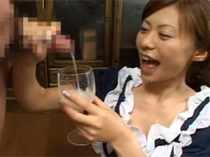 あんずさき 美人メイドが笑顔で何本ものチンポからザーメンを搾り出し大量ごっくん!!