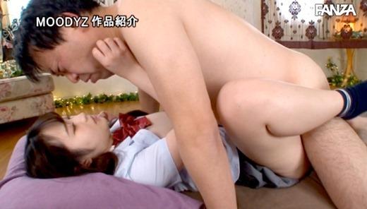 小野六花 18