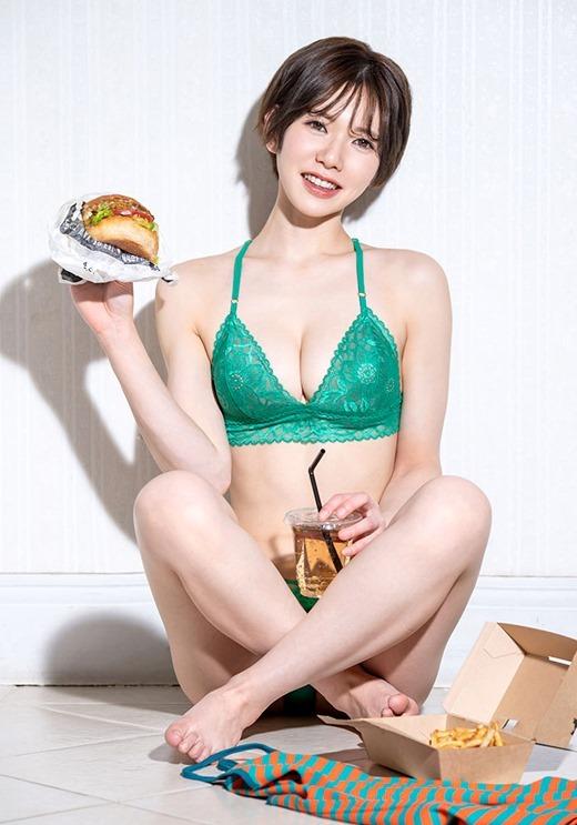 滝沢ライラ 画像 03