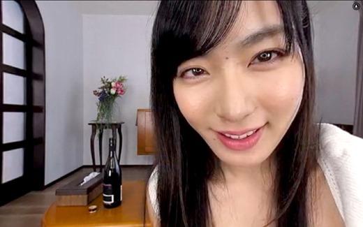 VR 由愛可奈 16
