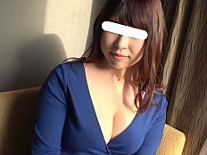 渋谷センター街でナンパしたIカップ爆乳娘