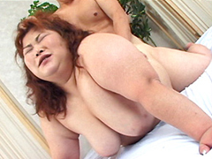 【無修正】コスプレ敏感巨漢熟女の精密検査!