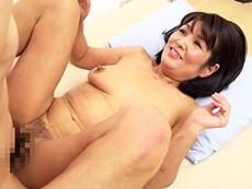 高齢人妻熟女動画 あっふ〜ん :素人五十路垂れ乳おばちゃんの恥じらいエッチがたまりません!!