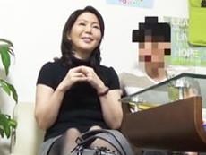【熟女ナンパ】色白でスベスベ肌の44歳主婦をお持ち帰りしてセックス隠し撮り!