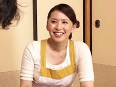 セフレのあんちゃんにハメられる巨尻の四十路叔母! 桐島綾子