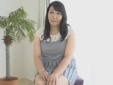 徳島美沙子 豊満ボディの五十路妻が披露する初撮り交尾!