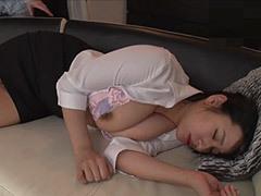 熟女ストレート :春菜はな 義息子に寝取られたデカパイ継母