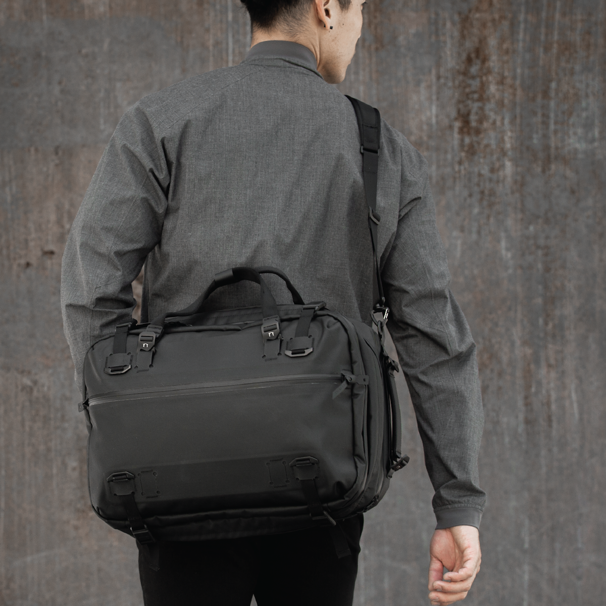 Best_Laptop_Backpack_For_Men_3dbbcdeb-e92d-43be-8938-9500c0af8146_1200x1199.png