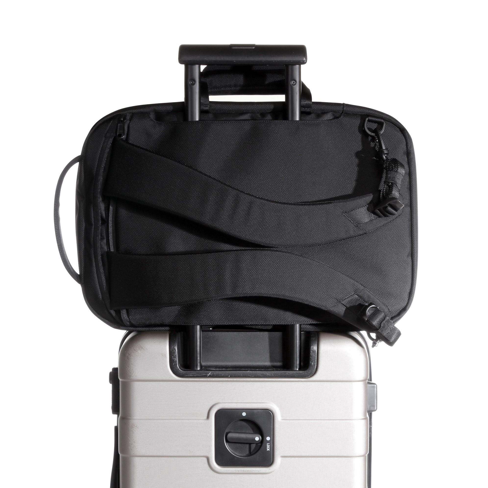 aer21010_fp2_luggage.jpg