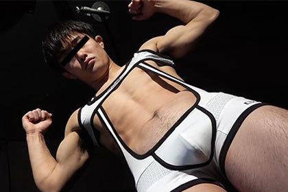 Body Focus:MODEL No.8 千田 令治168×60×19歳.jpg
