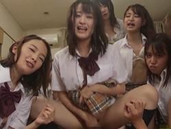乙咲あいみ 痴女JK集団に囲まれて強制的に主観騎乗位SEXで中出しさせられちゃったボク!1