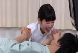 童貞専門性交クリニックの癒し系美人ナースさんが童貞患者を優しく筆おろしセックス!1