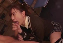 【痴女】図書室で転校性クンを弄ぶ小悪魔制服痴女子!美谷朱里2