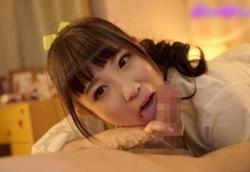 栄川乃亜 ロリ可愛くて小悪魔なギャル系美少女JKがチンポも乳首もねっとり虐めてくる!1