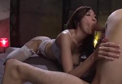 全身リップちんぽ舐め狂い 跨り痴女SEX!JULIA2