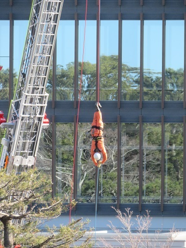 平成31年 消防出初式 救助隊による救助訓練